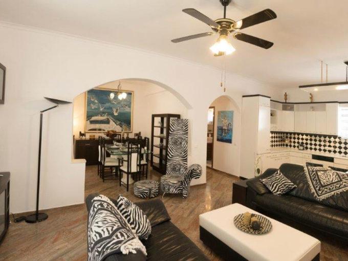 Paradiso Apartment